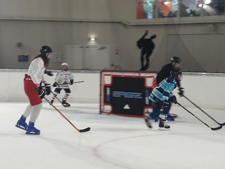 hockey-min